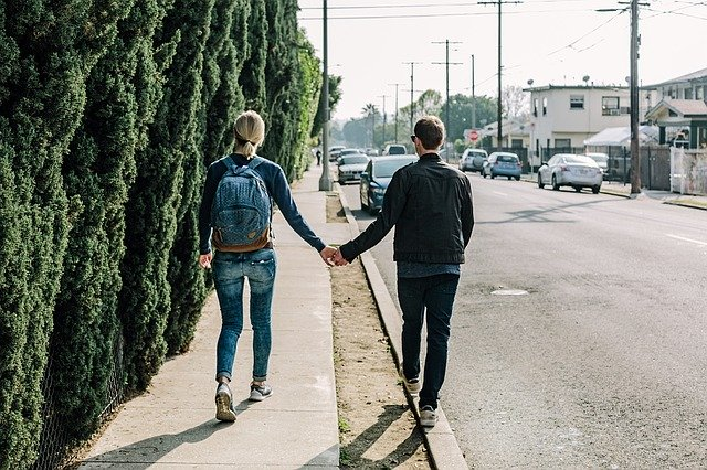 Can I Date While I'm Going Through A Divorce?